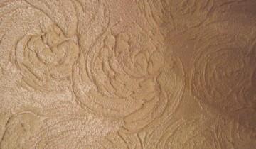 Декорируем стены при помощи шпаклевки