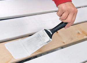 Нанесение грунтовки на деревянную поверхность, linkstroy.ru