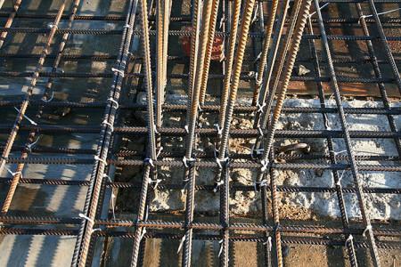 Фотография армирования фундамента плиты, fundament-expert.ru