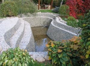 Фото пруда с бетонным основанием,водоемчик.рф