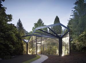 Оранжерея со сложной крышей, zeleneet.com
