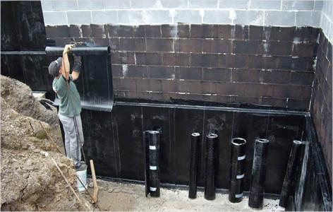 На фото оклеечная гидроизоляция, strport.ru