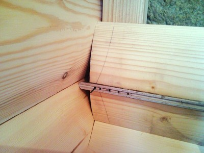 Укладка досок блок-хауса со смещением
