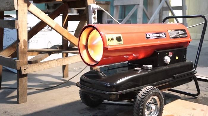 Фотография дизельной тепловой пушки