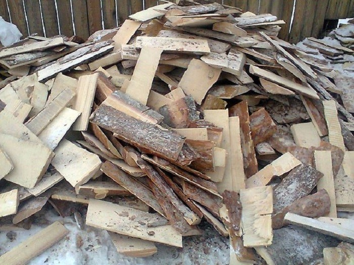 На фото горбыль дровяной