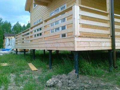 Фото дома на свайном фундаменте