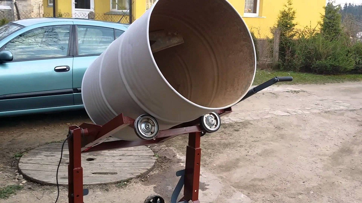 Как сделать фундамент для гаража своими руками