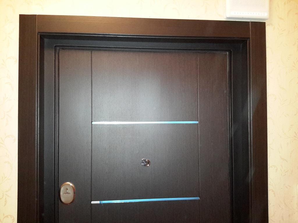 Делаем откосы для входных дверей из доступных и распространенных материалов