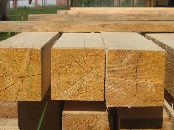 Брус для изготовления поперечных лаг деревянного пола