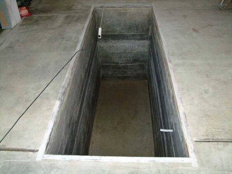 Закладная рама на бортах гаражной ямы