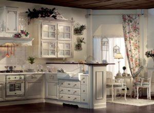 Кухня и обеденная зона в бело-розовых тонах в стиле прованс