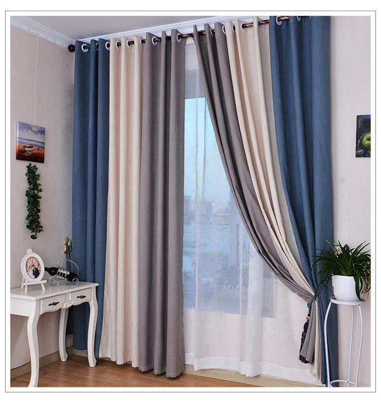Использование синего цвета в оформление окна гостиной