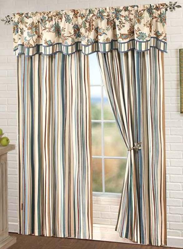 Полосатые шторы в стиле прованс