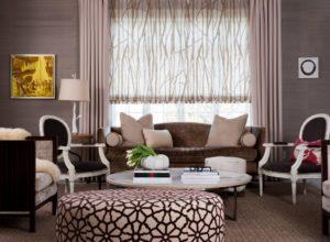 Современный дизайн окна в гостиной