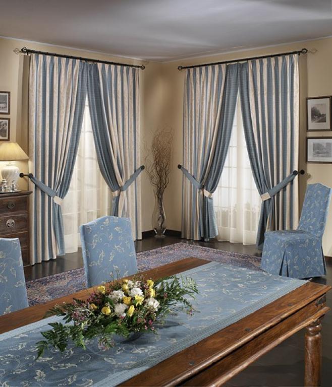 Текстиль во французской комнате