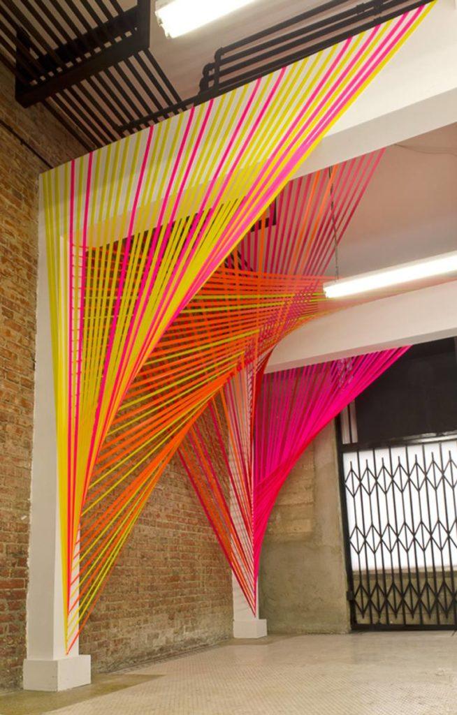 Нитяные шторы в стиле поп-арт