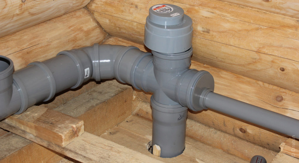Клапана вентиляции в верхней точке стояка