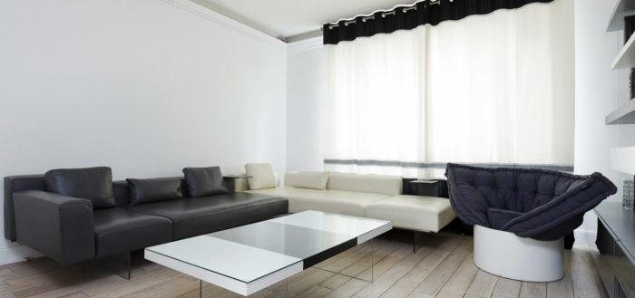 Чёрно-белая гостиная