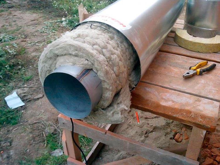 Утепление дымохода из стальной трубы