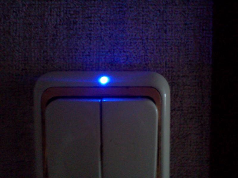 Выключатель с подсветкой