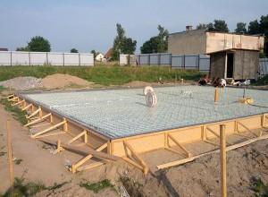 На фото плитный фундамент, stroitel39.ru