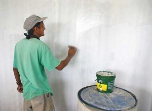 Применение латексной шпаклевки на стенах, myphilippinelife.com