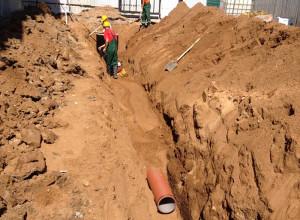 Фото траншеи для ливневой канализации