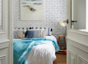 Фото спальни декорированной кирпичом