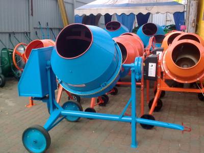 Фото бетономешалки на штативе, spec-tehnika.com.ua