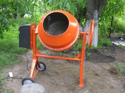 Фото бетономешалки объемом до 100 литров, garden-tehnika.ru