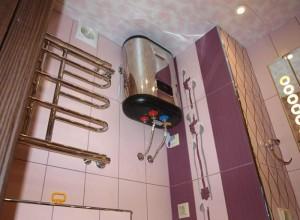 Бойлер под потолком ванной, all.biz