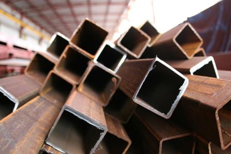 На фото металлический квадрат, ltd-gefest.ru