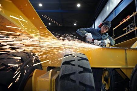 Фотография портативной аккумуляторной болгарки, e-ukrservice.com
