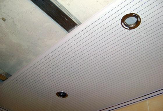 Фото светильников на ПВХ панелях