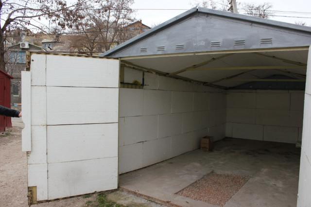 Металлический гараж с утеплением из пенопласта