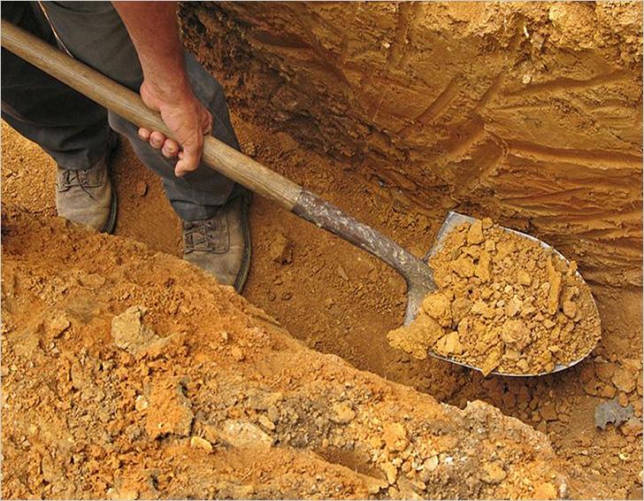 Подготовка котлована для бетонной стяжки пола