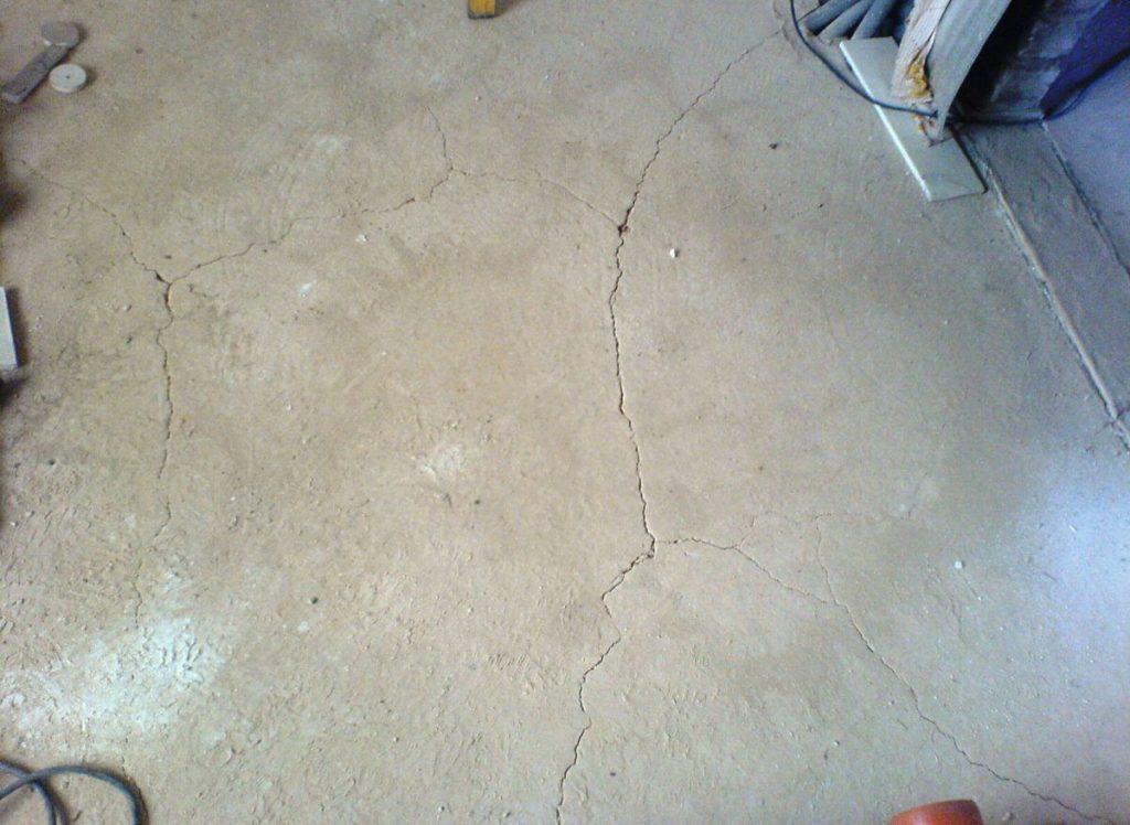 Растрескивание необработанного бетона