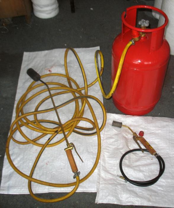 Газовая горелка для пайки рубероида
