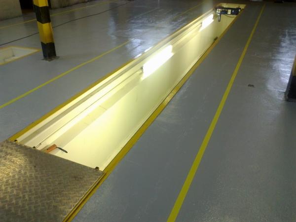 Освещение смотровой ямы люминесцентными лампами 36 В