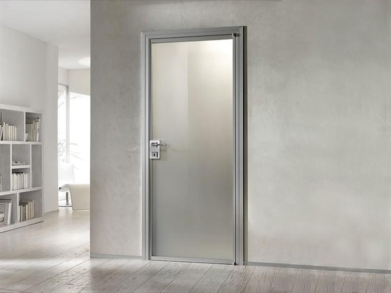 Двери в стиле минимализм