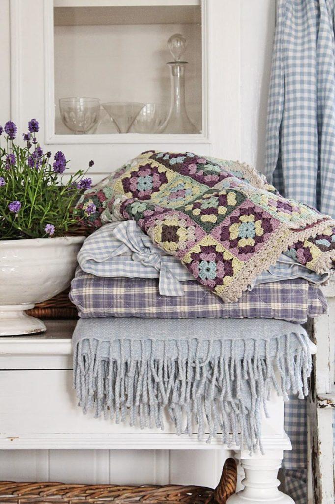Типичный текстиль для прованса