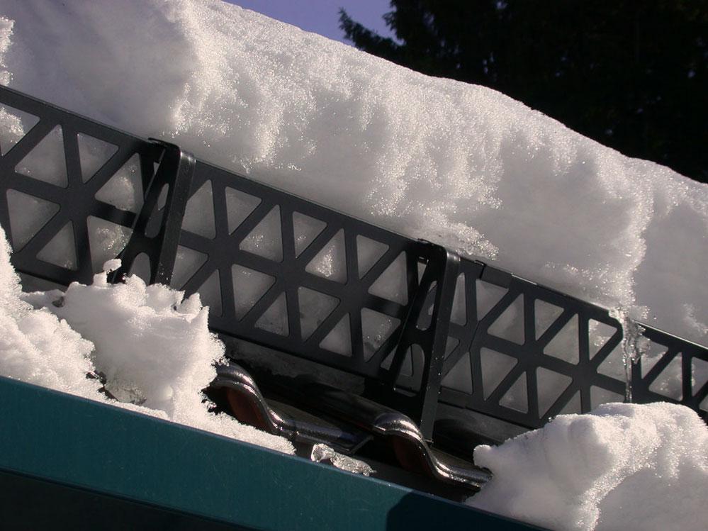 Пример решётчатого снегоупора