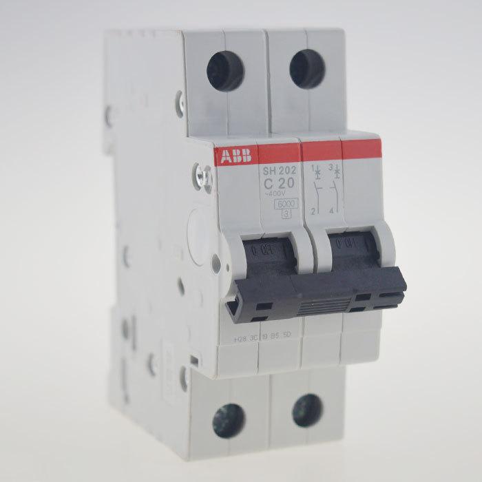 Двухполюсный автоматический выключатель