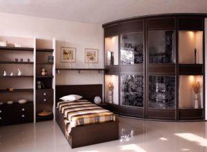 Спальня с угловой гардеробной